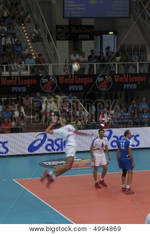 Volleyball World League: Italy Vs France