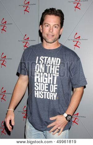 LOS ANGELES - AUG 24:  Michael Muhney at the Young & Restless Fan Club Dinner at the Universal Sheraton Hotel on August 24, 2013 in Los Angeles, CA