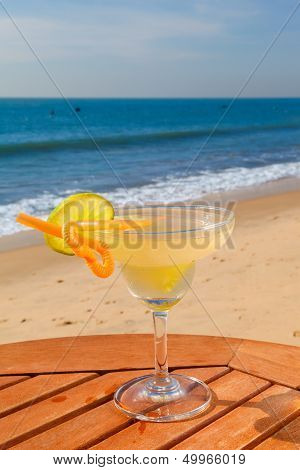 daiquiri cocktail with ice