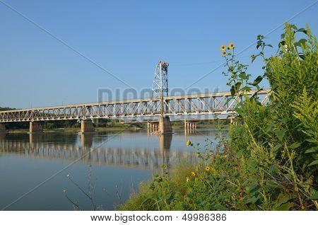 Two tier bridge found in Yankton SD