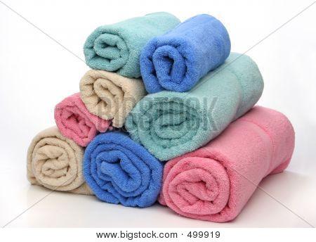 Pirámide de ocho toallas