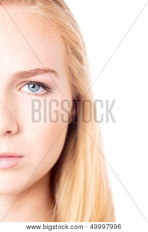 Eye Of An Sttractive Young Woman