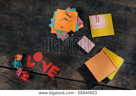 Editable messages of appreciation and love.