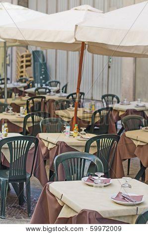 Empty Street Cafe.