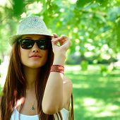 picture of fedora  - fashion girl outdoor portrait - JPG