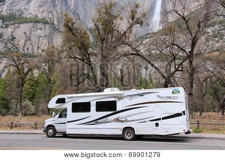 Rv In Yosemite National Park