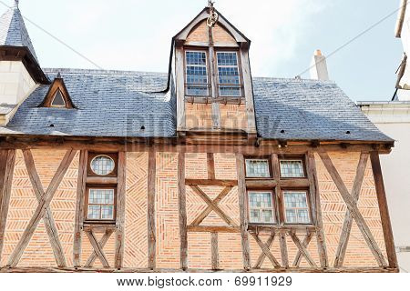 Old Maison On Rue Saint-aignan In Angers, France