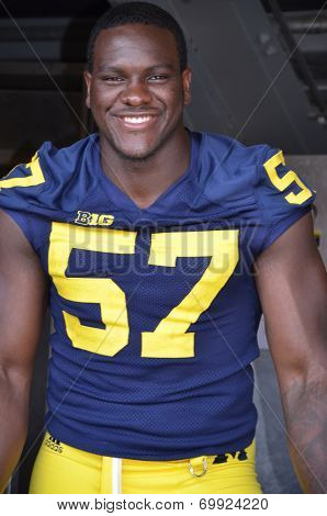 Um Football Player 57 Frank Clark
