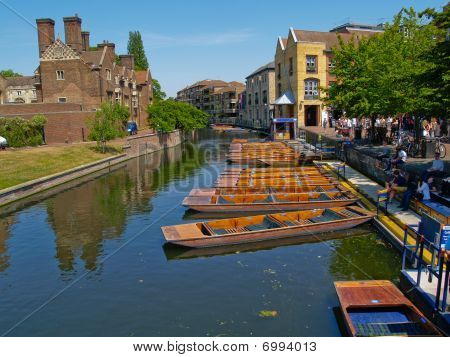 Cambridge River And Punts