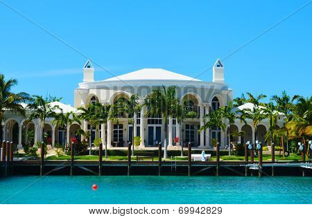 Villa In The Bahamas