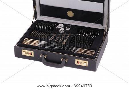 Tableware kit in case.
