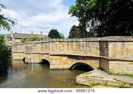 Medieval bridge, Burford.