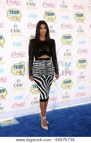 LOS ANGELES - AUG 10:  Kim Kardashian at the 2014 Teen Choice Awards at Shrine Auditorium on August 10, 2014 in Los Angeles, CA