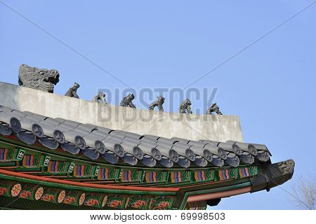 Clay Dolls On The Roof Corner Of Korean Traditional Architecture