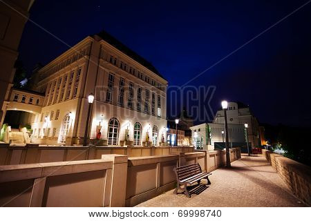 Night view of Judiciary City, Plateau St. Espirit