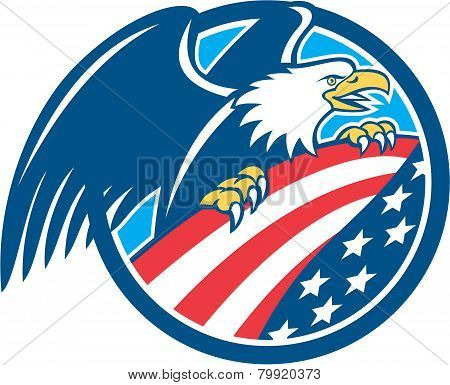 American Bald Eagle Clutching Usa Flag Circle Retro