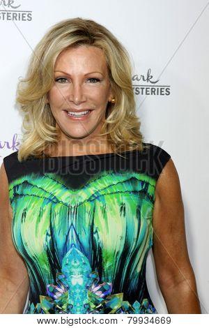 LOS ANGELES - JAN 8:  Kym Douglas at the Hallmark TCA Party at a Tournament House on January 8, 2014 in Pasadena, CA