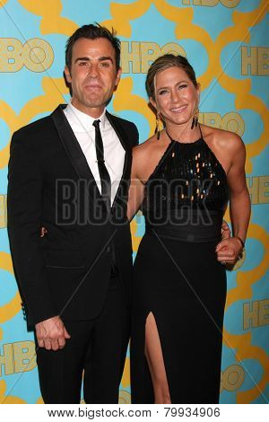 LOS ANGELES - JAN 11:  Justin Theroux, Jennifer Aniston at the HBO Post Golden Globe Party at a Circa 55, Beverly Hilton Hotel on January 11, 2015 in Beverly Hills, CA