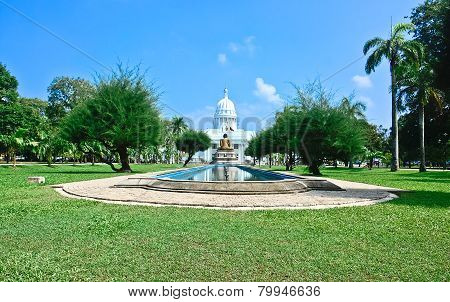 Viharamahadevi Park, the oldest and largest park In The Heart Of The City Of Colombo
