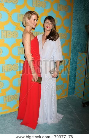 LOS ANGELES - JAN 11:  Sarah Paulson, Amanda Peet at the HBO Post Golden Globe Party at a Circa 55, Beverly Hilton Hotel on January 11, 2015 in Beverly Hills, CA