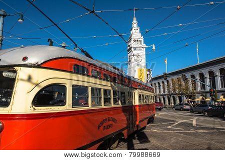 The red beige tram in San Francisco