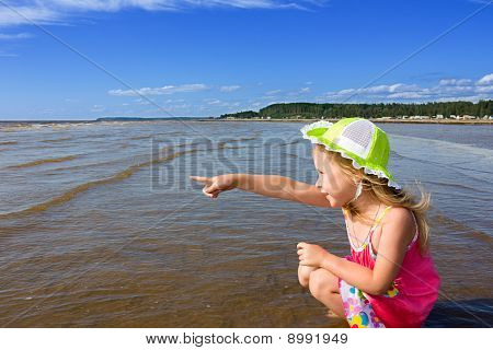Girl And The Sea.