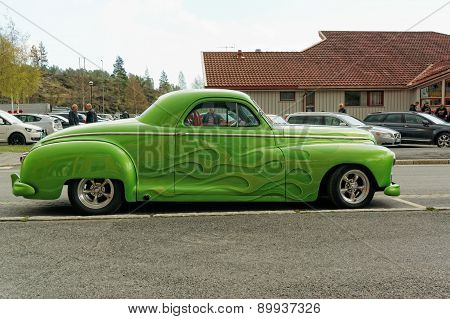 Green Colored Dodge