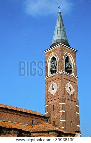 Varano Borghi Old  In  Italy   The   Wall  And Church Tower Bell Sunny Day
