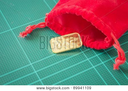 Premium Quality Golden Gold Bar