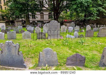 Boston's Freedom Trail With King's Chapel & Burying Ground