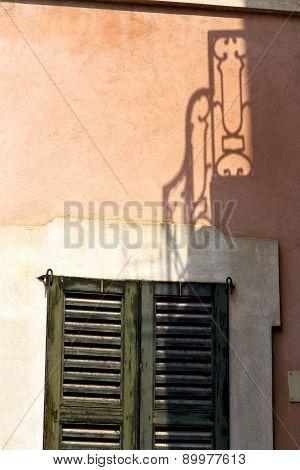 Orange Europe  Italy  Lombardy       In  The Milano Old   Window