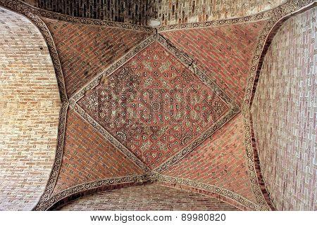 Brick ceiling pattern