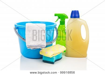 Home Cleaning Tool Set Of Detergent, Sponge, Spray, Towel And Pail.