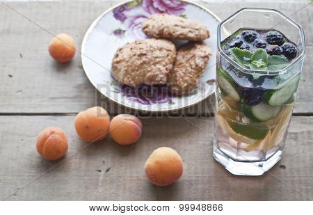 Oat Biscuits, Apricots And Fresh Cold Lemonade