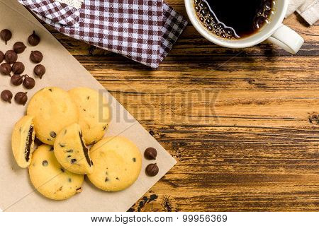 Cookie With Coffee Background / Cookie With Coffee / Cookie With Coffee On Wooden Background