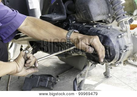 The Mechanic Check The Pulley And Belt Of Motorcycle