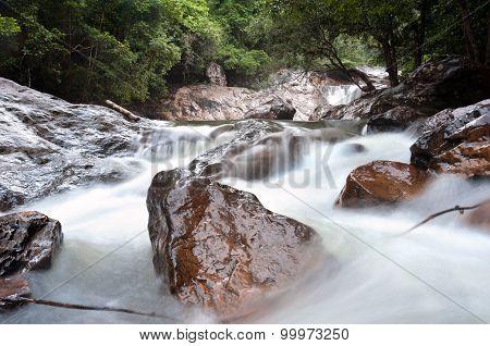Than Mayom Waterfall, Koh Chang, Thailand