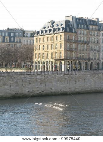 Paris building on the left bank