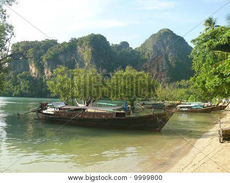 Long tail boat Krabi