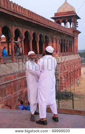 Delhi, India - November 5: Unidentified Men Stand At Jama Masjid On November 5, 2014 In Delhi, India