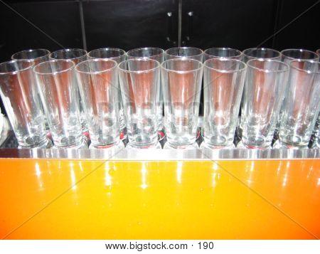 Bar Gläser